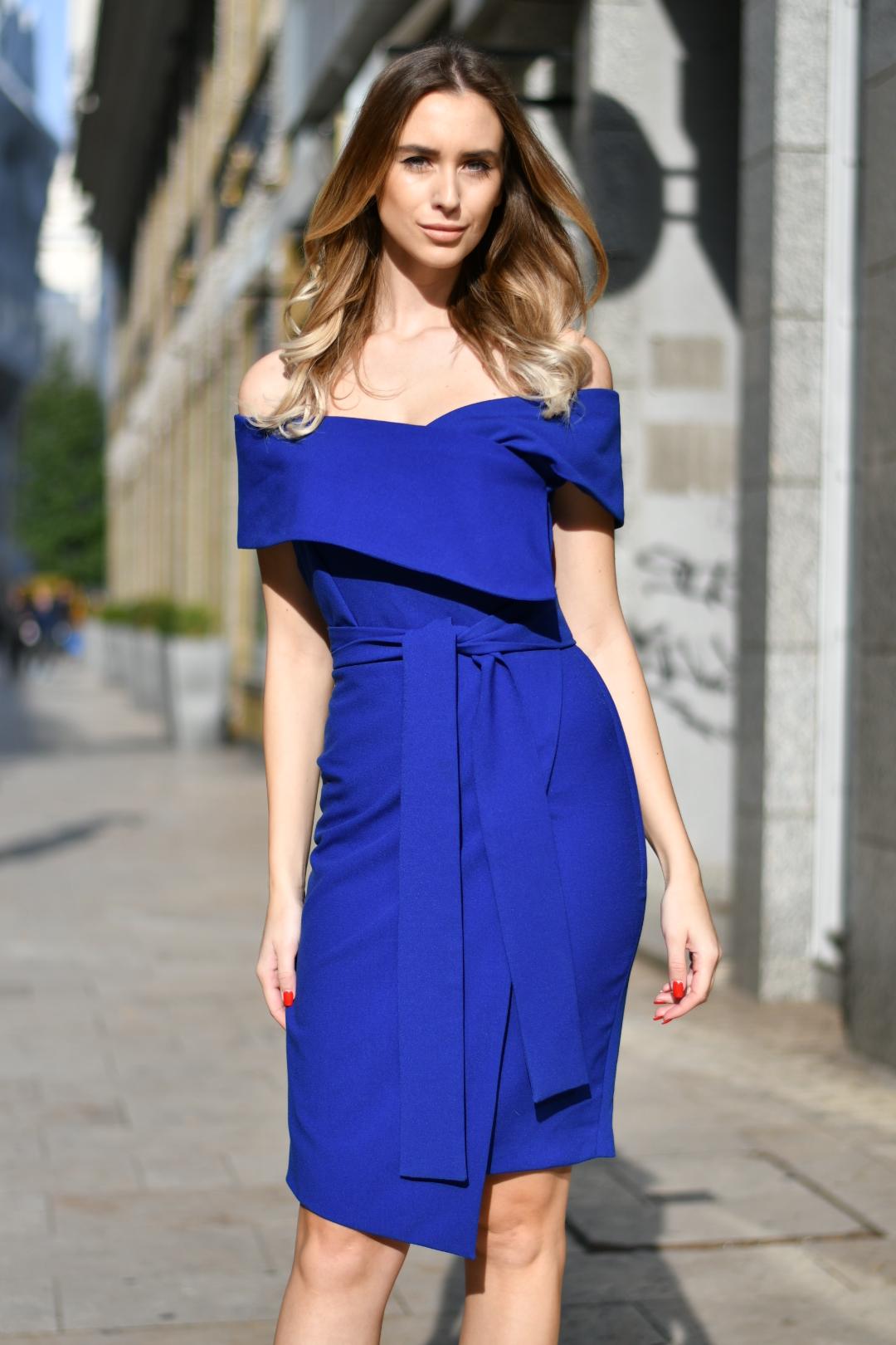 Lola kék (1)